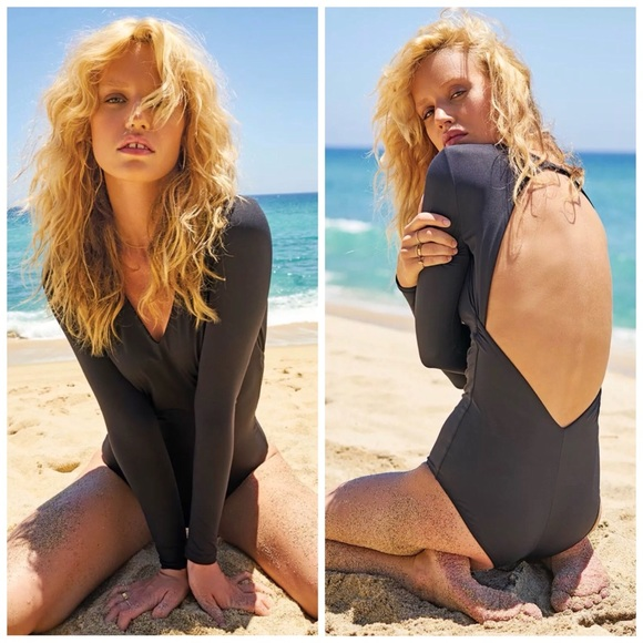 191ce07d66 NEW Volcom Simply Seamless Solid Bodysuit